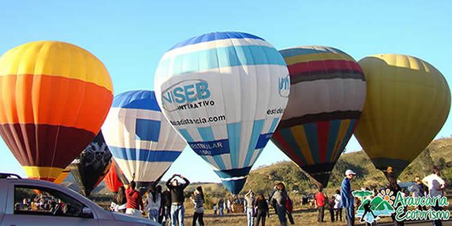 Nestas férias venha voar de balão em São Lourenço